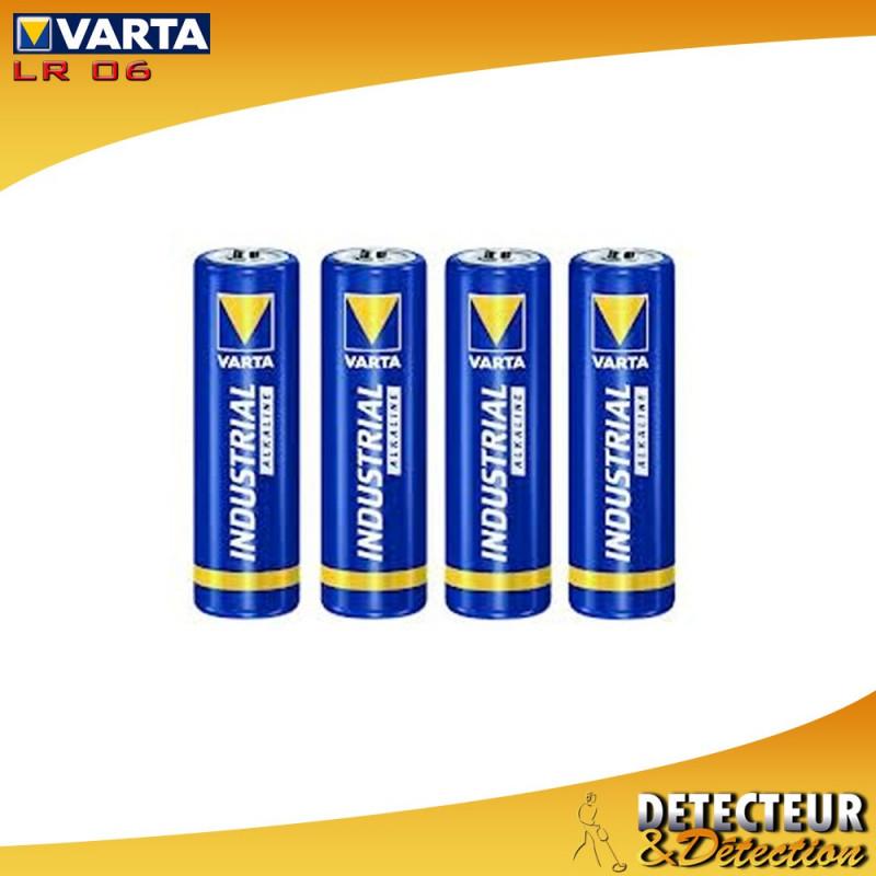 Piles alcaline Varta Industrial 1.5V LR06 - Lot de 4